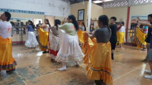 Students learning Nicaraguan folk dances.