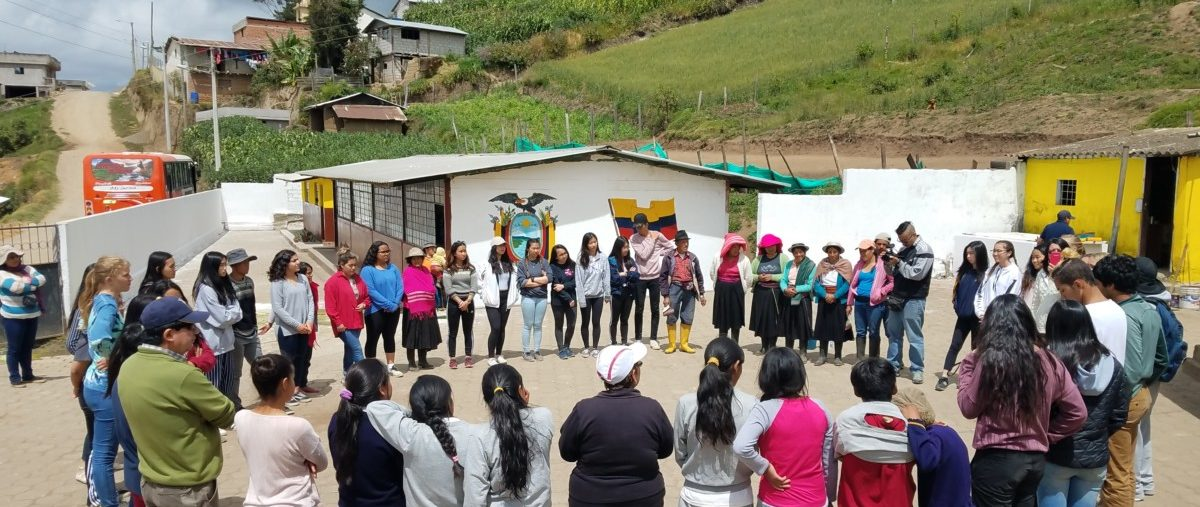 Student Travel Blog - The Power of Community in Ecuador